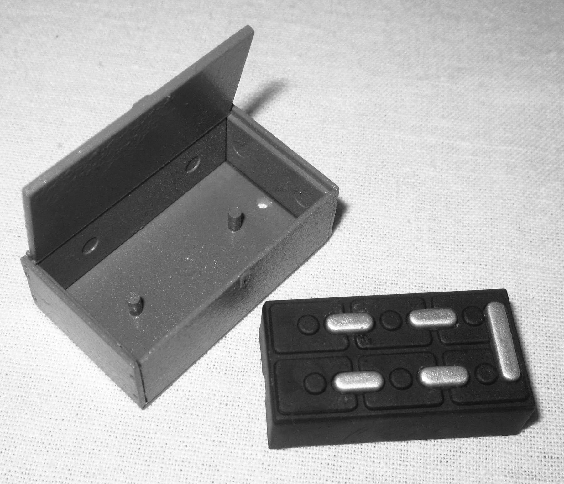 аккумулятор и ящик