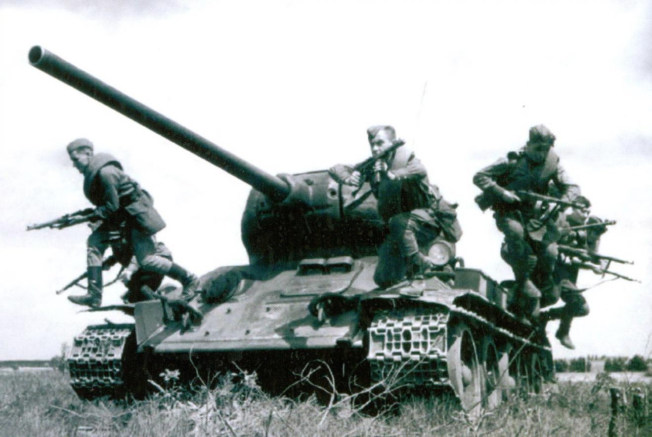 01 T-34-85
