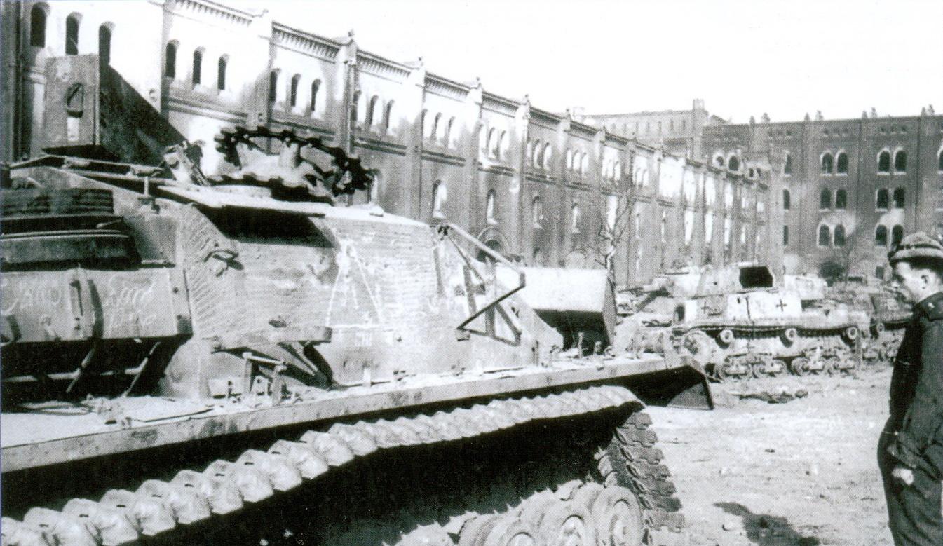 13 подбитые танки и САУ