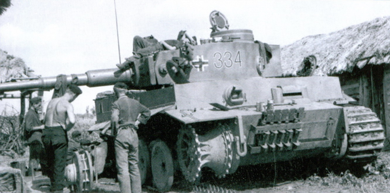17 подбитый тигр