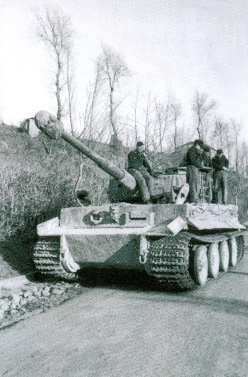 23 «Тигр» 508-го тяжелого танкового батальона