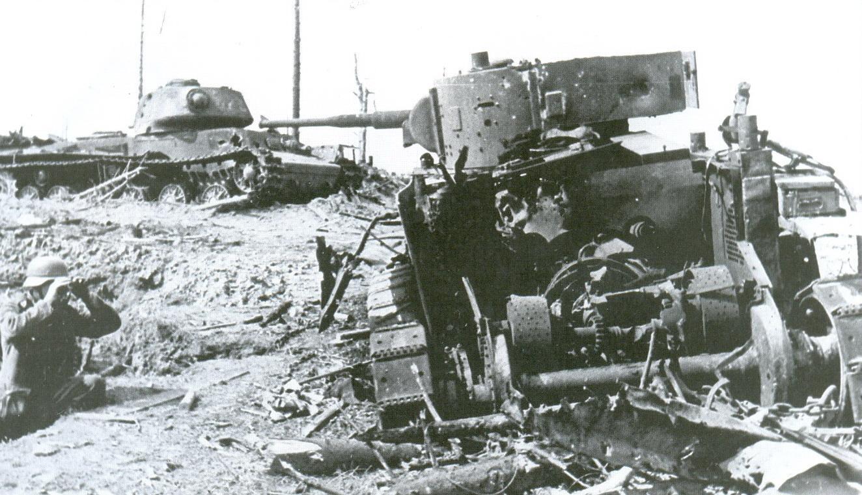 6 танки Т-26 и КВ-1